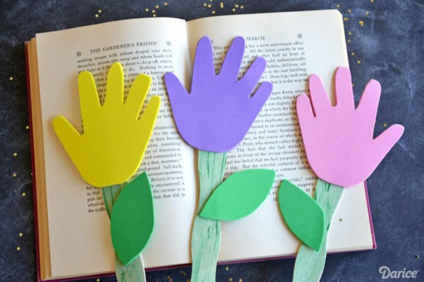 flower-diy-bookmarks-for-kids-darice-8-1