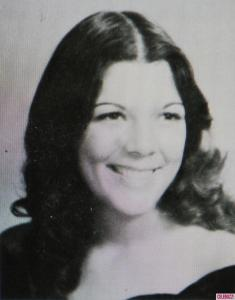kris-jenner-yearbook-photos-young-6d784bc30f562e460fad6fe5b4f744fc-big-126741