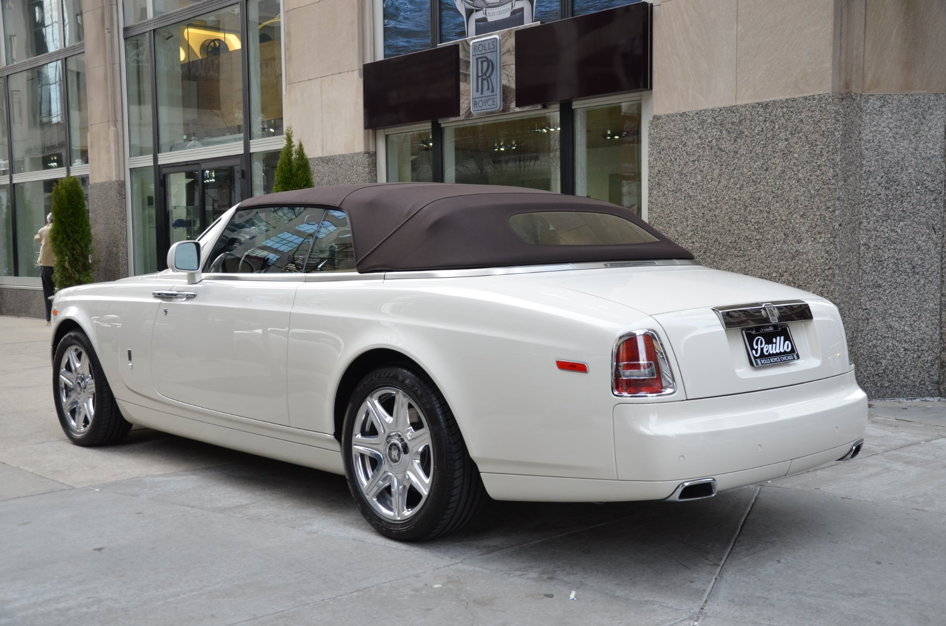 gt sale royce bentley based costs news continental phantom for allegedly eur on rolls