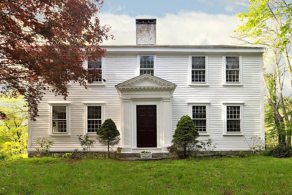 oldest-home-for-sale-america-massachusetts-featured