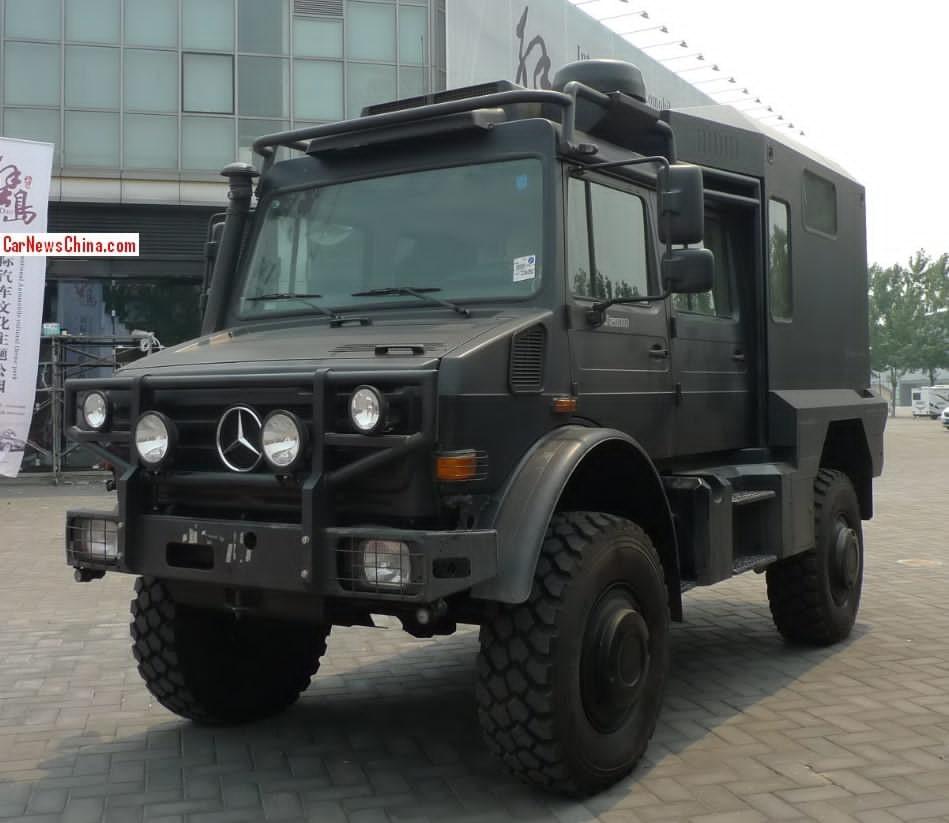 Mercedes Unimog U5000 Turned Into A Camper In China