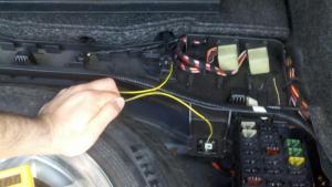 1995 C220 Fuel Pump Relay  How to fix it!  MercedesBenz