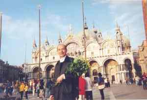 Bepin sotto alla Basilica di San Marco
