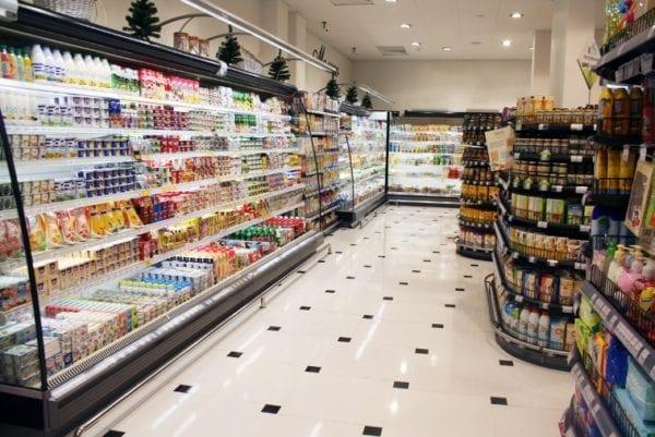 В Японии крупные торговые сети к 2025 году откажутся от продавцов в магазинах