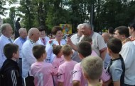 Ширма, ленточки, шарики: в Житомире открыли детище Анжелики Лабунской