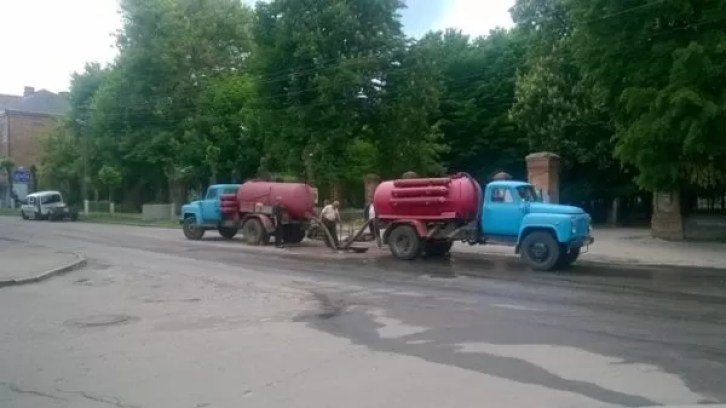 На годиннику – 16:00, а води у місті Бердичеві і досі немає, і не буде ще як мінімум години три