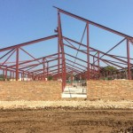Bere_Regis_Primary_School_construction_photograph_May_2016_steel_frame
