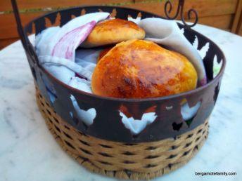 petit pain au lait petit lait - bergamote family