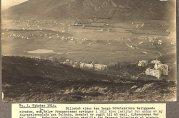 Fotografiet viser eiendommene som ble kjøpt inn til Solheim begravelsesplass. Oktober 1914. Fotograf ukjent. Foto fra album i arkivet etter Bergen kommune. Vann- og kloakkvesenet.