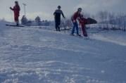 På leirskole i Hålandsdalen i februar 1975. Ukjent fotograf. Fra arkivet til Tveiterås skole.