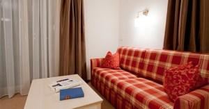Eine Wohnzimmer-Variante im Appartement Körb im Bergland Appartement | Lech Zürs am Arlberg