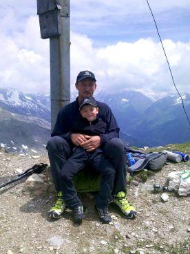 Zwei Männer und der Berg