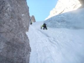 Abstieg neben dem Eiswulst