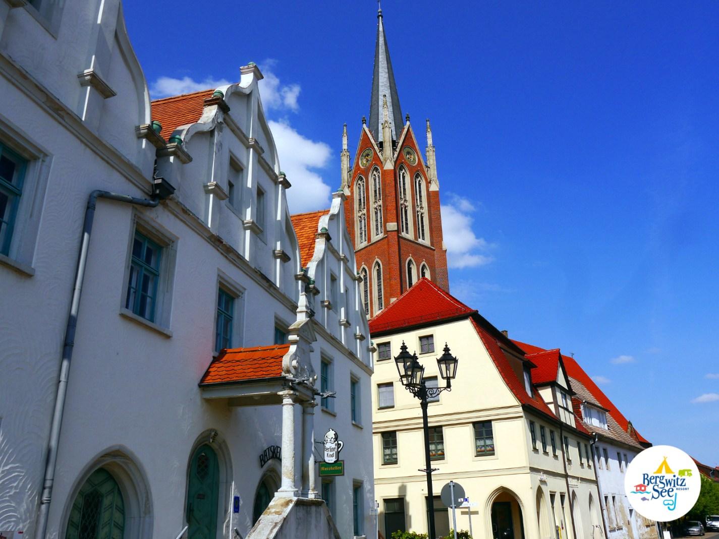 Stadtkirche und historischer Marktplatz Kemberg