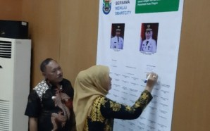 Pejabat Cilegon Tandatangani Komitmen Implementasi Smart City