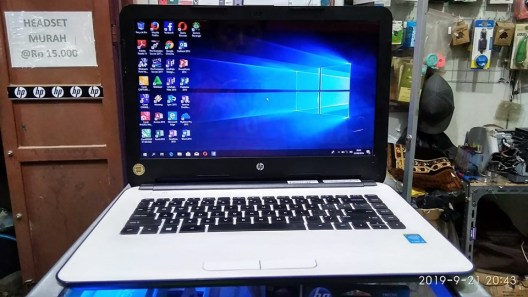 lAPTOP HP 14 i3 Laptop HP 14 i3 2nd mulus