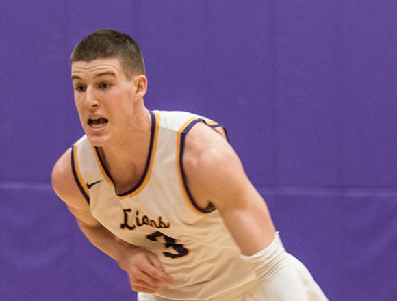 Gray scores 1,000th career point vs. WPI