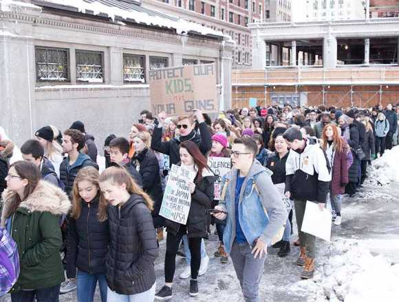 """Students say """"Enough!"""" to gun violence"""