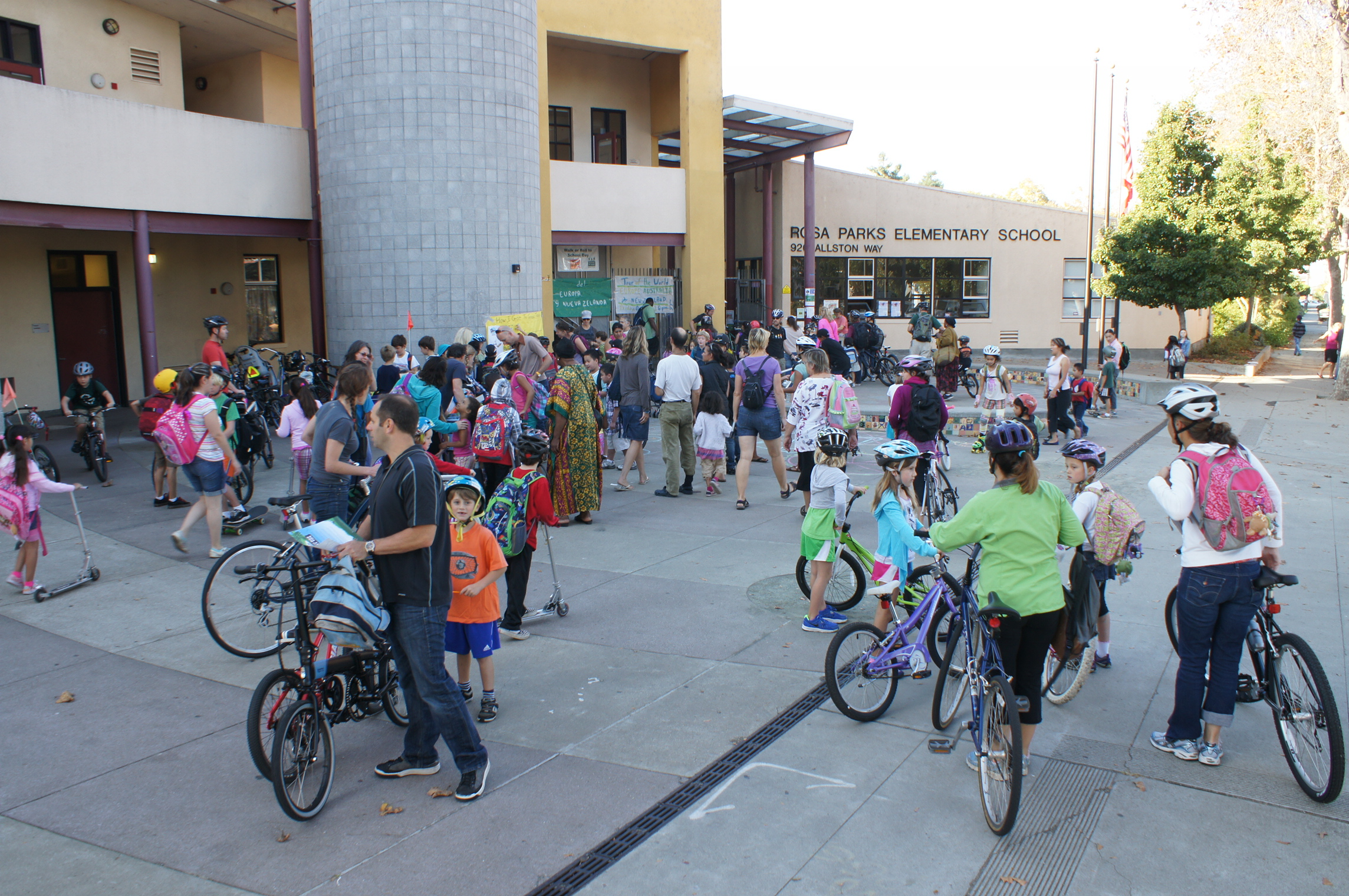 International Walk Amp Roll To School Day October 7th