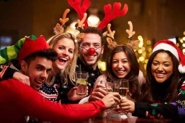 Weihnachtsfeiern In Berlin; Event-Locations Für Firmen-Weihnachtsfeiern, Vereinsfeiern Oder Gemütlichen Weihnachtsessen