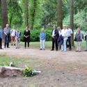 Vergrößerung: Enthüllung des Gedenksteins im Biesdorfer Schlosspark - Ansprache an Landrätin Juliane Witt
