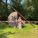 Erweiterung: 2021-07-16-richter-kotowski_schellenberg_ziegenruecker_Überabe-skulptur-solarica-x_clayallee