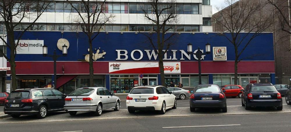 "Bild Bowlingbahn ""Das Bowling Studio"""