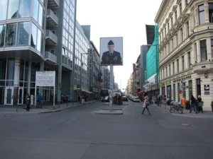Museum Checkpoint-Charlie