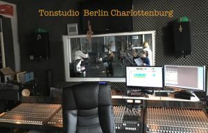 Foto Teenager Kinder Geburtstag im Tonstudio feiern