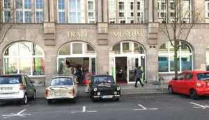 klein Bild Trabi Museum Berlin 1000x577