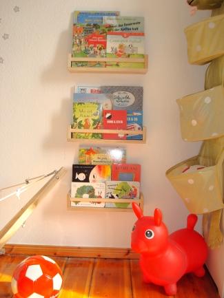 Neue Bücherregale aus BEKVÄM von IKEA