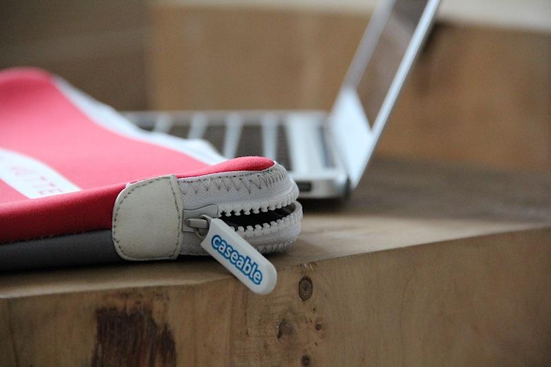 Die Laptoptasche von Caseable: Schön und schön genäht mit Liebe zum Detail.