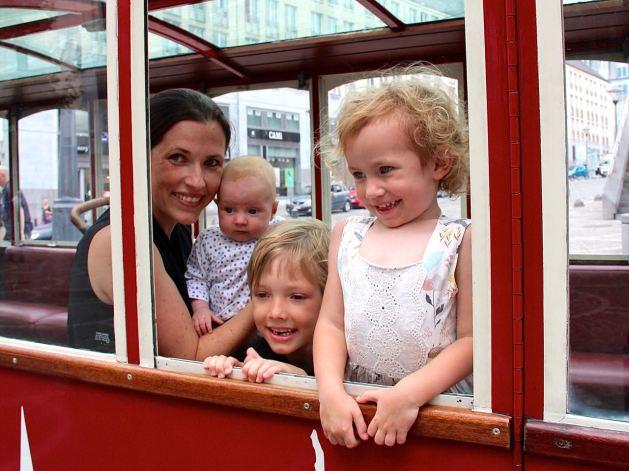 Ein Muss mit Kindern in Lüttich: Die kleine rote Bimmelbahn