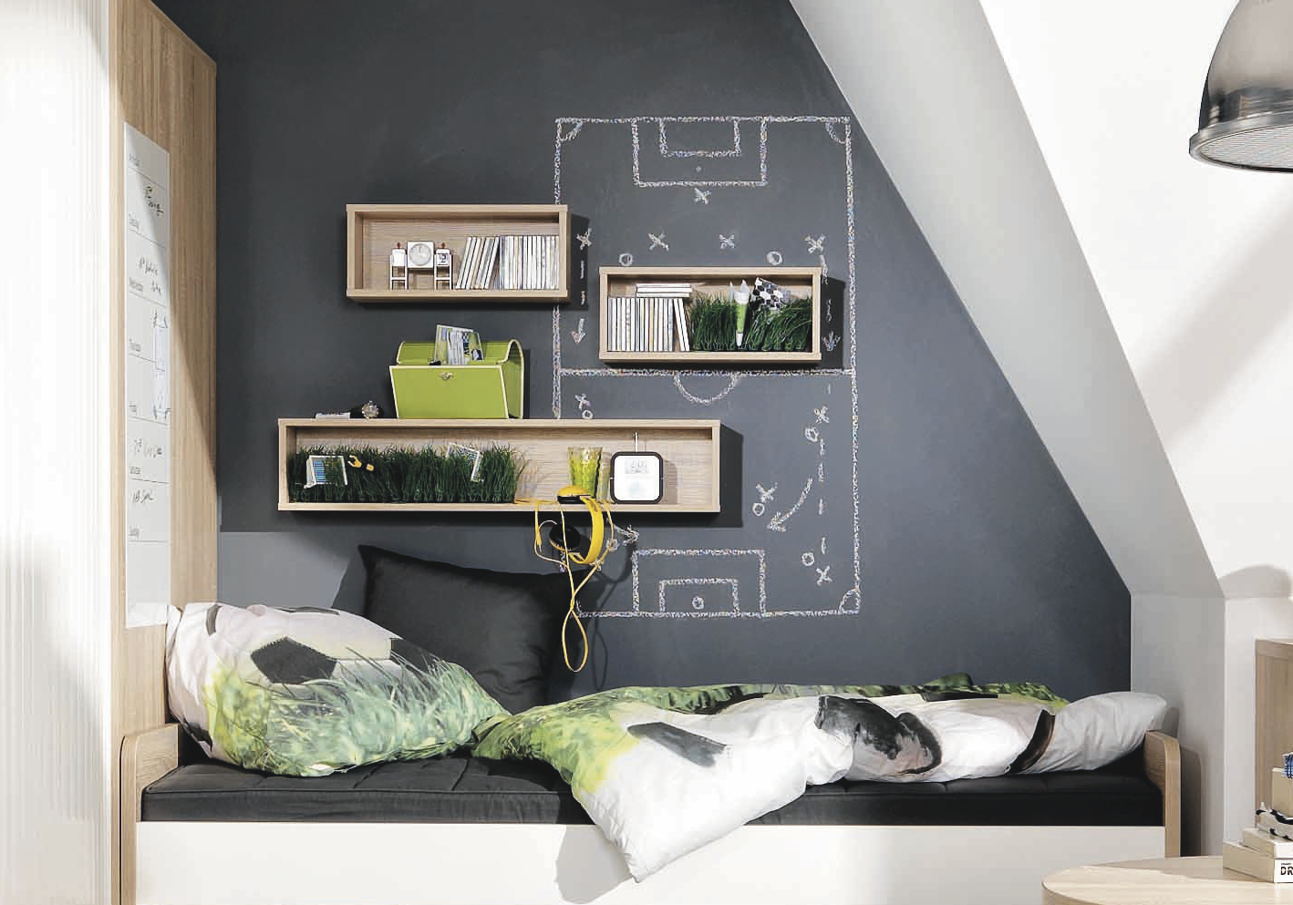 tafelfarbe im jugendzimmer definitiv eine coole idee berlinfreckles reiseblog mamablog. Black Bedroom Furniture Sets. Home Design Ideas