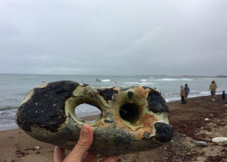 Dänemark: Cold Hawaii, Klitmøller. Ein super Strand für Surfer und zum Hühnergötter sammeln