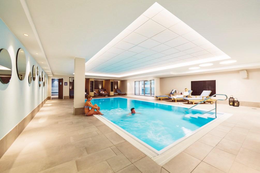 Der Indoor Pool im Hotel Küstenperle