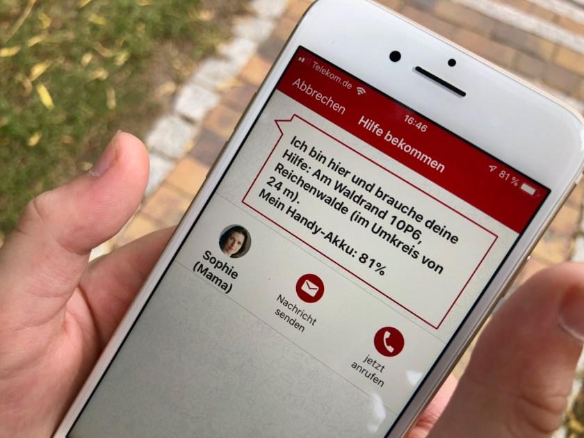 """Smartphone mit Hilferuf-Funktion - - Fahrinfos mit der Kids-App """"VBB jump"""": So funktioniert die ÖPNV App für Kinder"""