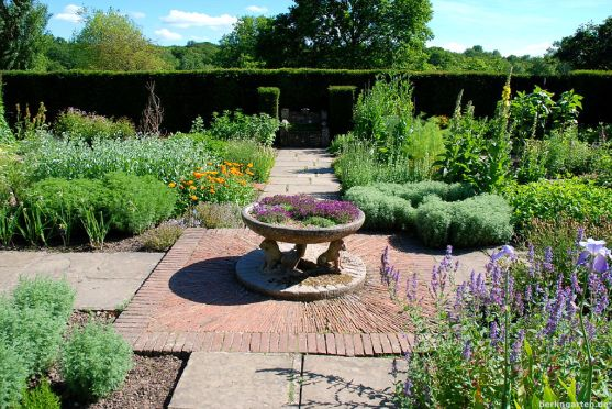 Der dekorative Kräutergarten