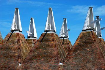 Die typischen Hopfendarren in Kent