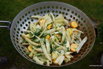 Gemüse aus dem Grillwok