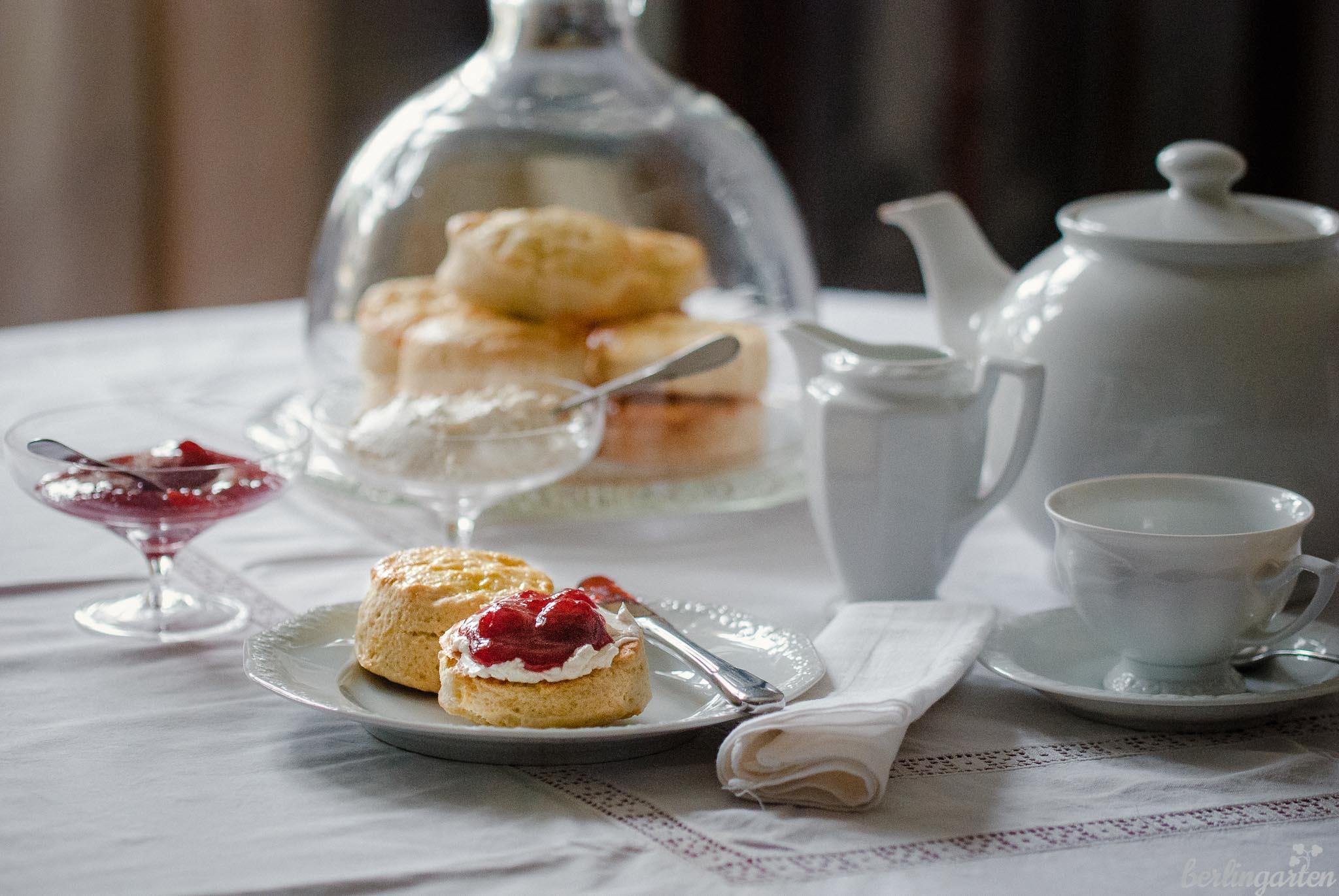Rezept: Scones backen, Erdbeeren genießen, wie in England fühlen