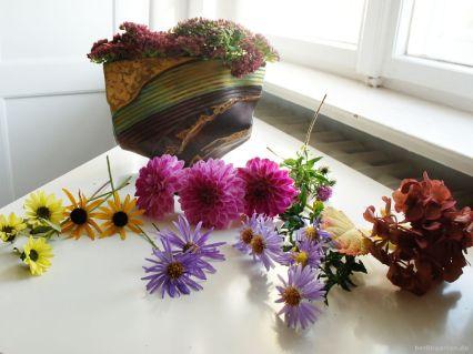 Zutaten für einen Herbststrauß