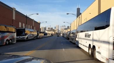 Trump-Gegner in Bussen zu Krawallen