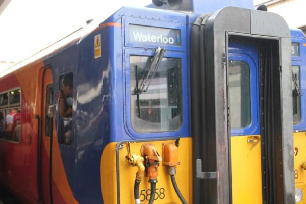 Zug nach London Waterloo