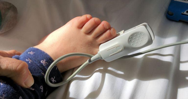 Blutdruckmessung bei Paukenröhrchen OP