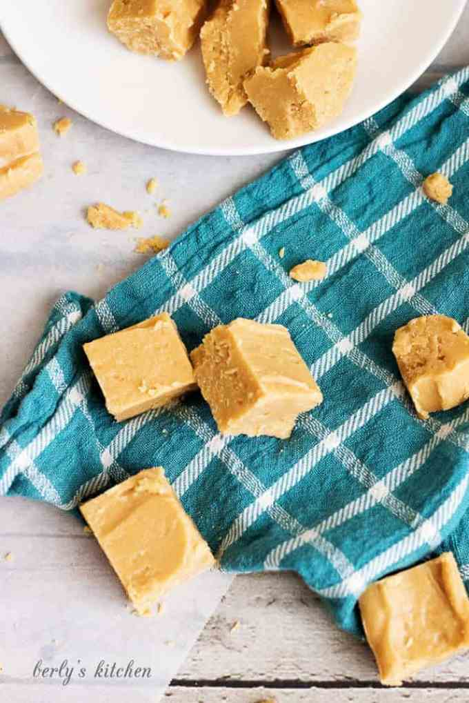 Creamy Peanut Butter Fudge is perfectly silky, smooth and makes a great bite-sized dessert. It's quick, simple and only has 3 ingredients.