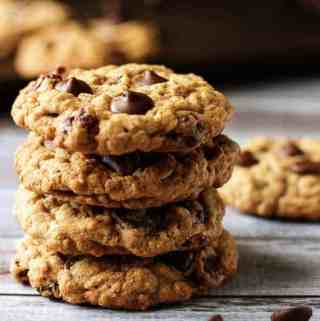 Cranberry Dark Chocolate Chip Oatmeal Cookies