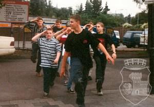 Trainingseinheit 1997 für den fehlerfreien Parademarsch.