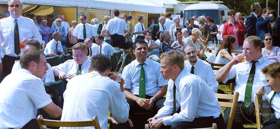 Die Bernardiner-Runde beim BSV-Königsvogelschuss am 3. Juli 2003.