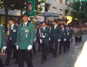 Nach der Parade am Kirmesdienstag 2004.